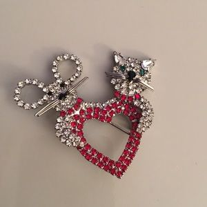 Jewelry - Rhinestone Pin
